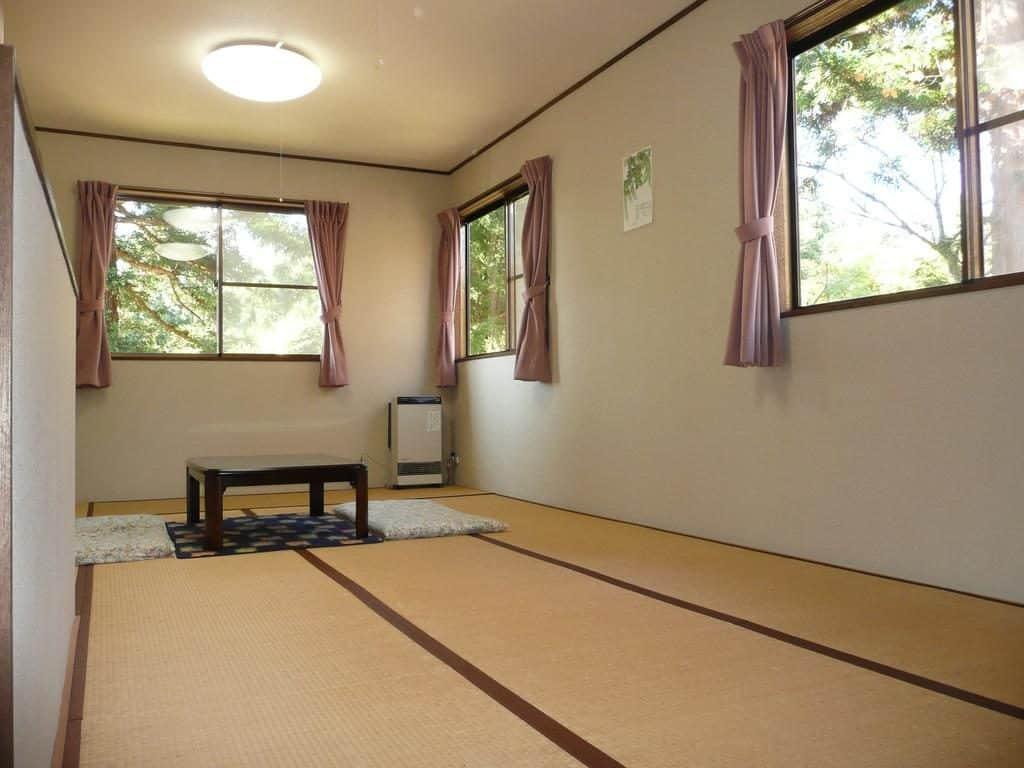 Sora Tobu Usagi room
